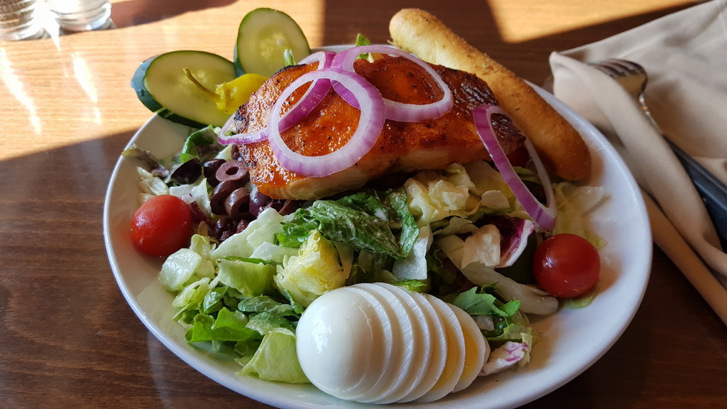 European salmon salad